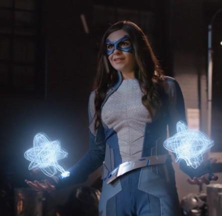 Supergirl-419-1-Dreamer.jpg